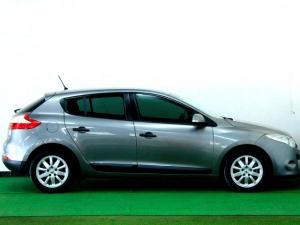 Renault Megane III 1.6 Shake IT! 5-Door - Image 17