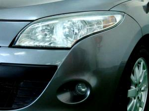 Renault Megane III 1.6 Shake IT! 5-Door - Image 26