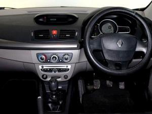 Renault Megane III 1.6 Shake IT! 5-Door - Image 5