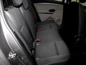 Renault Megane III 1.6 Shake IT! 5-Door - Image 7