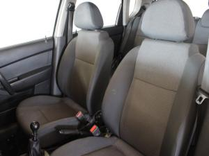 Chevrolet Aveo sedan 1.6 L - Image 5