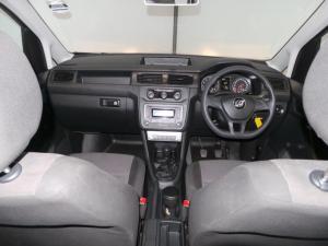 Volkswagen CADDY4 Crewbus 1.6i - Image 20