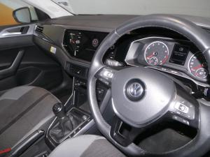 Volkswagen Polo 1.0 TSI Highline - Image 16