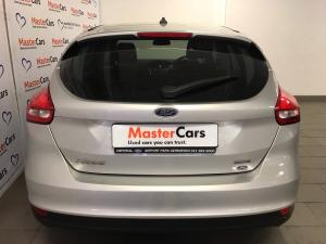 Ford Focus 1.0 Ecoboost Ambiente automatic 5-Door - Image 6