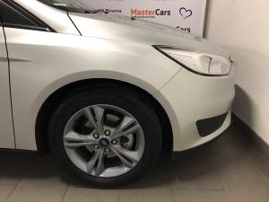 Ford Focus 1.0 Ecoboost Ambiente automatic 5-Door - Image 9