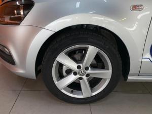 Volkswagen Polo Vivo 1.6 Highline - Image 8