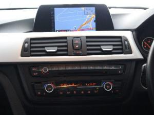 BMW 3 Series 320i auto - Image 11