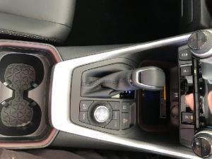 Toyota RAV4 2.5 AWD VX - Image 16