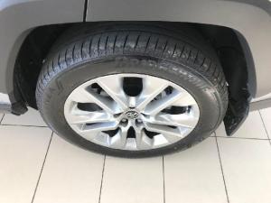 Toyota RAV4 2.5 AWD VX - Image 7