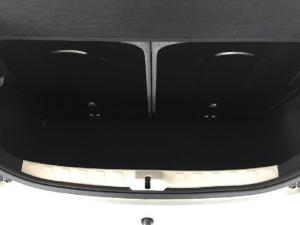 Toyota Aygo 1.0 - Image 9