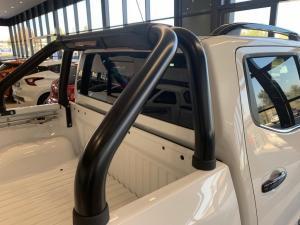 Nissan Navara 2.3D Stealth automatic D/C - Image 6