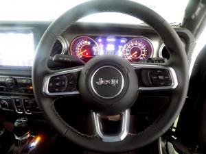 Jeep Wrangler Sahara 3.6 V6 2-Door - Image 10