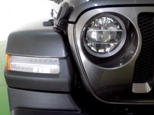Jeep Wrangler Sahara 3.6 V6 2-Door - Image 14