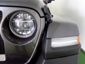 Jeep Wrangler Sahara 3.6 V6 2-Door - Image 15