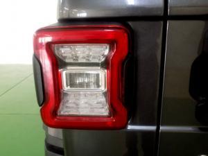 Jeep Wrangler Sahara 3.6 V6 2-Door - Image 16