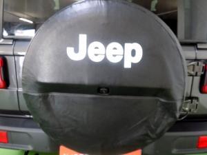Jeep Wrangler Sahara 3.6 V6 2-Door - Image 20