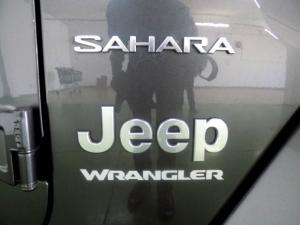Jeep Wrangler Sahara 3.6 V6 2-Door - Image 22