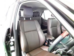 Toyota Fortuner 2.8GD-6 4X4 automatic - Image 13