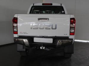 Isuzu KB 300D-Teq double cab LX auto - Image 4