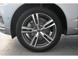 Volvo XC60 D5 AWD Momentum - Image 5