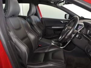 Volvo XC60 T6 AWD R-Design - Image 9