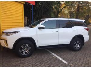 Toyota Fortuner 2.4GD-6 auto - Image 6