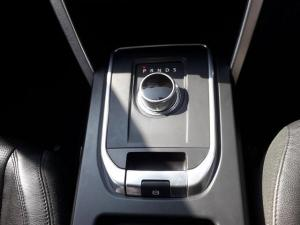Land Rover Discovery Sport 2.2 SD4 HSE - Image 11