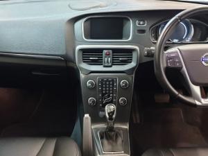 Volvo V40 D3 Elite Geartronic - Image 9