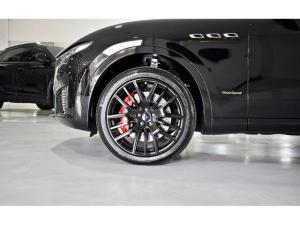Maserati Levante Diesel Gransport - Image 4