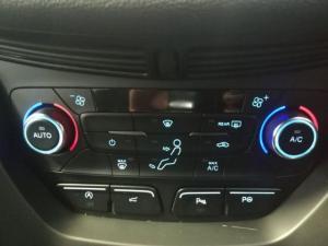 Ford Kuga 2.0 Ecoboost ST AWD automatic - Image 6