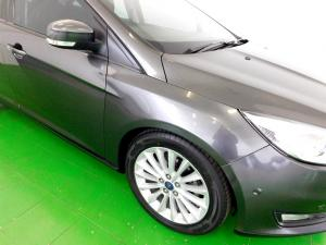 Ford Focus 1.5 Ecoboost Trend automatic - Image 13