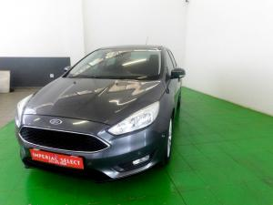 Ford Focus 1.5 Ecoboost Trend automatic - Image 3