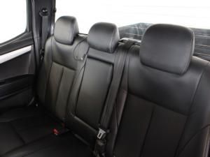 Isuzu KB 300D-Teq double cab LX - Image 6
