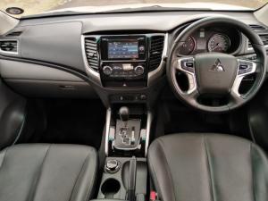 Mitsubishi Triton 2.4DI-D double cab 4x4 auto - Image 8