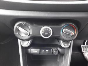 Kia Picanto 1.0 Start automatic - Image 10