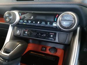 Toyota RAV4 2.0 GX-R CVT AWD - Image 10
