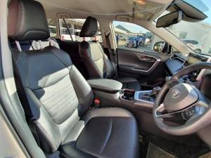 Toyota RAV4 2.0 VX CVT - Image 7