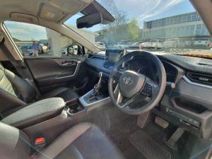 Toyota RAV4 2.0 VX CVT - Image 8