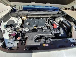 Toyota RAV4 2.0 VX CVT - Image 9