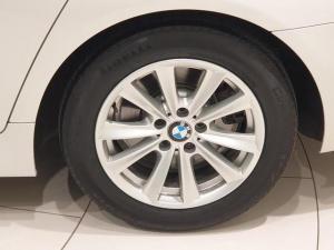 BMW 5 Series 520d Exclusive auto - Image 9