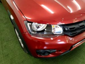 Renault Kwid 1.0 Expression 5-Door - Image 16