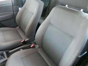 Volkswagen Polo Vivo 5-door 1.6 Trendline - Image 10