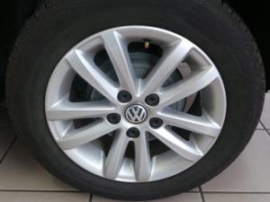 Volkswagen Polo Vivo 5-door 1.6 Trendline - Image 8