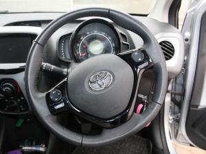 Toyota Aygo 1.0 X-CITE - Image 27