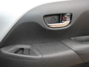 Toyota Aygo 1.0 X-CITE - Image 33