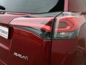Toyota RAV4 2.0 GX automatic - Image 9