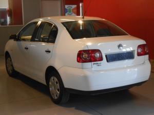 Volkswagen Polo Vivo 1.6 Trendline - Image 4