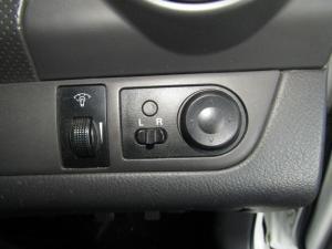 Chevrolet Aveo 1.6 LS sedan - Image 15