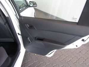 Chevrolet Aveo 1.6 LS sedan - Image 9