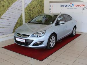 Opel Astra sedan 1.6 Essentia - Image 1